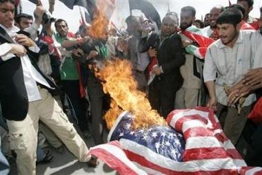 Usflag Burn Irak