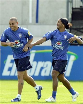 ronaldinho and ronaldo